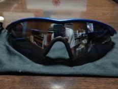 廃盤激レアオークリー コピー Mフレーム サングラス Oakley スーパーコピー 黒青-3