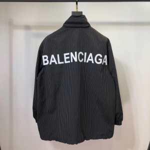 パーカー バレンシアガ BALENCIAGA 秋トレンドの新定番  2019秋のファッショントレンドはこれ-3