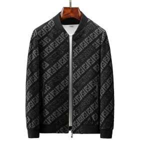 とにかく完璧ブランド新作 ダウンジャケットメンズ 秋服コーデ2019年版 フェンディ FENDI 大胆なチェックの人気トレンド-3