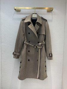 ディオール秋にこれがはやりそう  DIOR 2019秋冬トレンド押さえておきたい ダスター コート 注目の秋ファッション一番-3