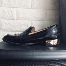 ヴァレンティノ スタッズ ローファー レザー ペタンコ靴-1