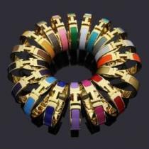 多色可選 幅広い着こなしブランドおすすめ ブレスレット エルメス 秋冬トレンドをうまく押さえ HERMES 2019秋冬着こなし方おすすめ-1