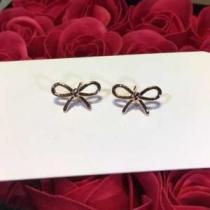 ティファニー ピアス 人気 可愛いファッションを着こなす新作 レディース Tiffany & Co コピー 蝶々結び コーデ ブランド 安い-1