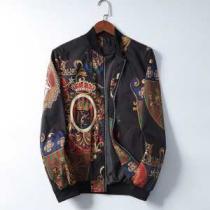 例年冬を前に完売人気モデル ドルチェ & ガッバーナ コピーDolce&Gabbanaスーパーコピージャケット 滑らかな肌触り 全体のバランスを実現する一枚-1