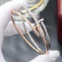 カルティエ ブレスレット 釘 モダンなデザインで大人気 Cartier レディース コピー ゴールド シルバー 日常 コーデ 品質保証-1