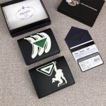 人気高い新作おすすめ2019トレンド  プラダ PRADA 今一番使いやすいトレンド新作  財布/ウォレット 2色可選 絶対的におしゃれ着こなし-1