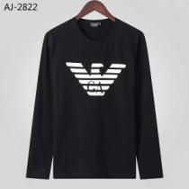 秋や冬先に活躍するアウター 2019年秋冬人気新作の速報 アルマーニ ARMANI 長袖Tシャツ 2色可選-1