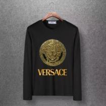 激安大特価低価 ヴェルサーチ スーパー コピーVERSACEコピー長袖tシャツ 超レアな入手困難品 遊び心を忘れないポイント-1