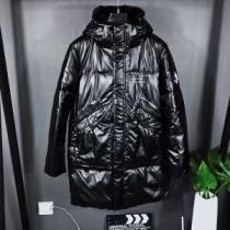秋冬トレンドを押さえたコーデスタイル  メンズ ダウンジャケット 人気高い新作おすすめ2019トレンド モンクレール MONCLER  絶対的におしゃれ着こなし-1