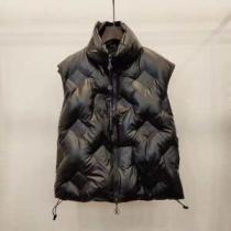 ルイ ヴィトン ゆったりきれいめスタイル新品 LOUIS VUITTON 抜群の暖かさを実現  メンズ ダウンジャケット2019年秋冬のトレンドをカッコ良く押さえ-1