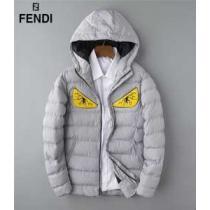 ダウンジャケット メンズ 一番の魅力秋冬のマストアイテム 3色可選 一気に大人のこなれ感抜群  FENDI 早速2019-2020年秋冬のトレンド登場-1