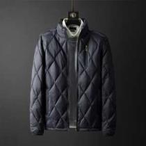 2色可選 バーバリー  大人気のブランド安い買い物  ダウンジャケット メンズ 2019秋冬の人気アイテムセール BURBERRY 今季も取り入れやすいコーデ-1
