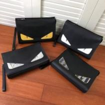 Bag Bugs フェンディ クラッチバッグ シンプルなナチュラル感あるアイテム メンズ FENDI コピー 多色可選 着こなし 最安値-1