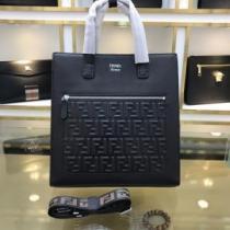 フェンディ トートバッグ ズッカ コーデにこなれ感をプラス 限定品 メンズ FENDI コピー ブラック カジュアル 通勤通学 セール-1