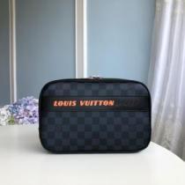 軽くて優しい印象になる人気新作 ルイヴィトン クラッチバッグ コーデ メンズ Louis Vuitton コピー ダミエ おすすめ セール-1