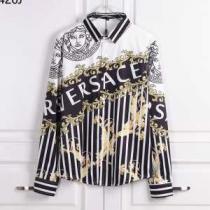 この秋大注目も ヴェルサーチ スーパー コピー 品質保証高品質 VERSACEシャツ激安コピー お手頃価格で豊富なデザイン-1
