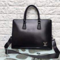 Louis Vuitton メンズ ビジネスバッグ こなれ感を出す限定新作 ルイ ヴィトン コピー ブラック レザー 大容量 通勤通学 お買い得-1