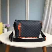 ルイヴィトン ショルダーバッグ 人気 エレガントなデザインが魅力 Louis Vuitton メンズ コピー ブラック ダミエ ロゴ入り 安い-1