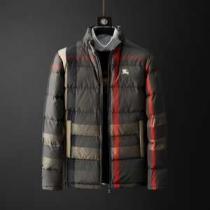 ゆるっとした雰囲気を醸し出すアイテム バーバリー ダウンジャケット コピー Burberry メンズ 2色可選 日常 コーデ 最低価格-1