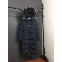 ダウンジャケット 暖かくてナチュラルな雰囲気 プラダ PRADA 気軽に旬の着こなしを楽しむ 3色可選 軽くて着心地も抜群-1