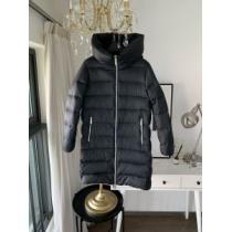 2色可選 今年の冬のトレンドデザイン  プラダ PRADA 流行り廃りのないデザイン ダウンジャケット 暖かおしゃれコーデ-1