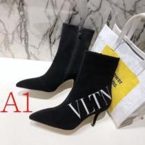 レザーブーツ 3色可選 今年の冬のトレンドデザイン  ヴァレンティノ 流行り廃りのないデザイン VALENTINO 美しいスタイルに仕上げたい-1