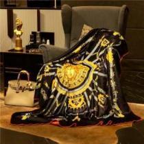 人気セール100%新品 ヴェルサーチコピーVERSACE激安新作毛布 毎日安心してお使える 個人的には肌触りもよく-1
