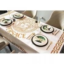 ヴェルサーチスーパー コピーVERSACE値引きテーブルクロス 超柔らかな室内用おしゃれな雰囲気 大好評の高品質 安価セール-1