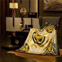 高級感満載 ヴェルサーチ スーパー コピーVERSACE代引き毛布 快適な睡眠をサポート 安価セール根強い人気定番商品-1