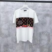 2020普段使いしやすい ルイ ヴィトン LOUIS VUITTON 見逃せないセール商品 半袖Tシャツ今や世界中から人気-1