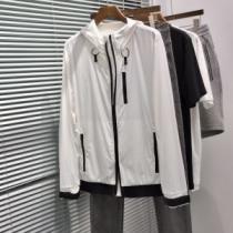 プラダ 新作 ジャケット 上品でモダンな雰囲気に メンズ 相性抜群 PRADA スーパーコピー 3色選択可 ソフト おすすめ 手頃価格-1