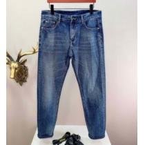 清潔感のあるヴェルサーチパンツ メンズ コピー 販売VERSACE春夏2020エレガントな雰囲気 ジーンズブランド通販-1