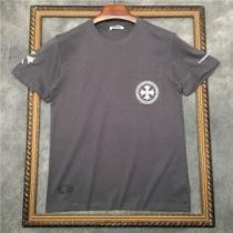 ナチュラルコーデに季節感を取り入れる CHROME HEARTS ナチュラルさんの着まわし術 半袖Tシャツ クロムハーツ-1