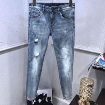 どんな装いにも馴染む  デニムパンツ 春夏のイメージをギュッと詰め込む アルマーニ ARMANI-1