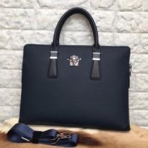VERSACE ビジネスバッグ 日常的スタイルが素敵に メンズ ヴェルサーチ コピー ブラック レザー ロゴ入り 通勤通学 最安値-1