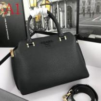 多色可選 話題沸騰中のアイテム プラダ 2020最新決定版 PRADA 激安手に入れよう レディースバッグ-1