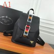3色可選 今一番注目の新品 プラダ PRADA 早くも完売している レディースバッグ 争奪戦必至-1